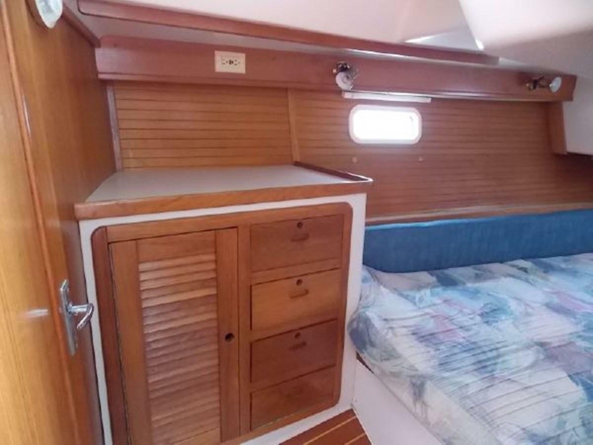 15 1996 CATALINA 42 MKII Cruising Sailboat 2626281