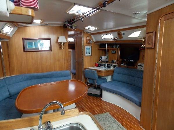 12 1996 CATALINA 42 MKII Cruising Sailboat 2626278