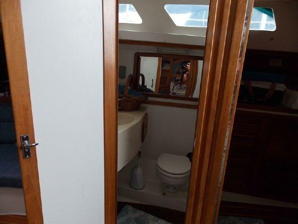 13 1996 CATALINA 42 MKII Cruising Sailboat 2626279