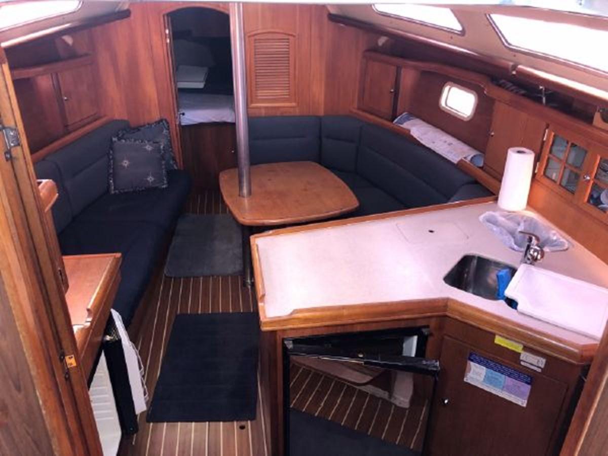 13 2006 HUNTER 36 Cruising Sailboat 2626376