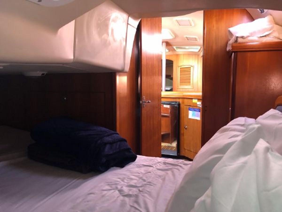 27 2006 HUNTER 36 Cruising Sailboat 2626390