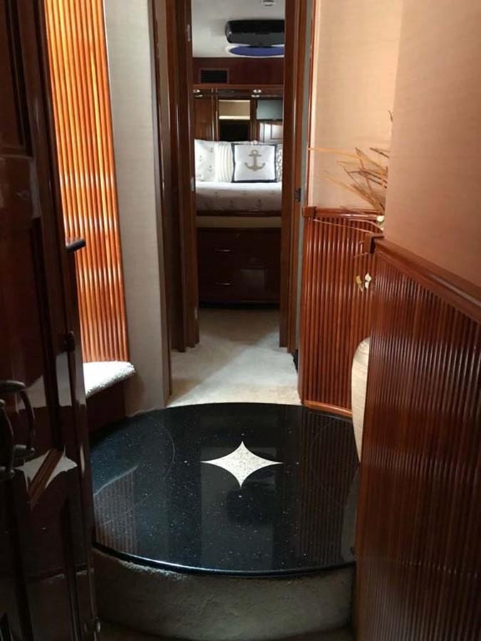 Hallway 2004 MARQUIS Flybridge Motor Yacht Motor Yacht 2673378