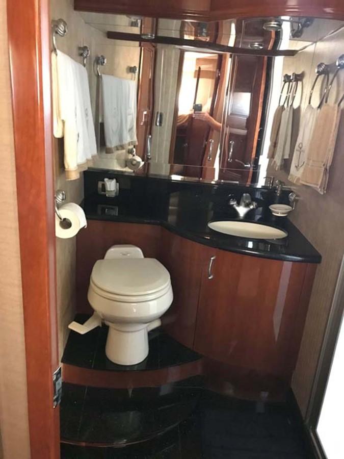Guest Stateroom 2004 MARQUIS Flybridge Motor Yacht Motor Yacht 2673387