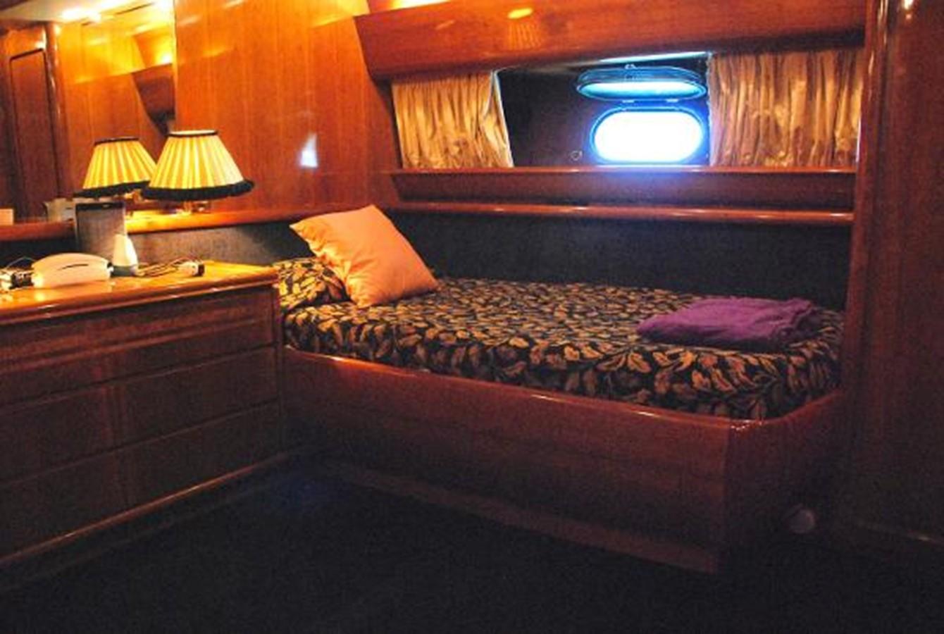 1993 CANADOS  Motor Yacht 2628288