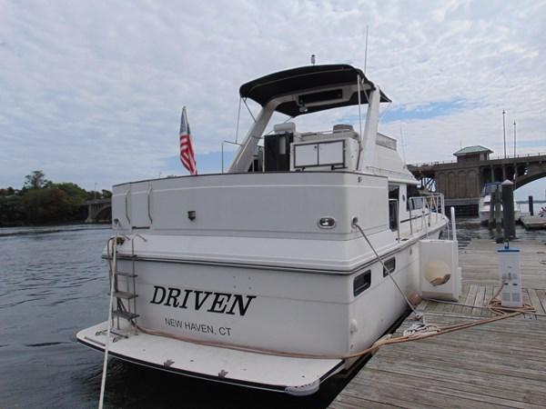 1987 CARVER 42 Aft Cabin Motoryacht  2638903