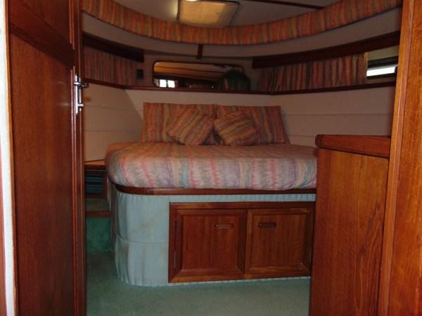 1987 CARVER 42 Aft Cabin Motoryacht  2638914