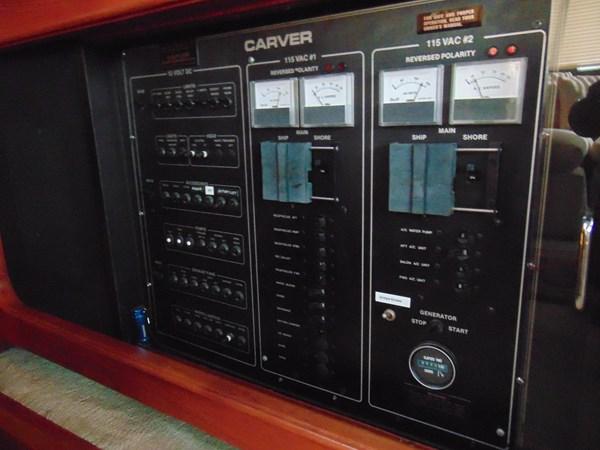 1987 CARVER 42 Aft Cabin Motoryacht  2638921
