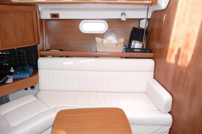 2003 CATALINA 350  2641295