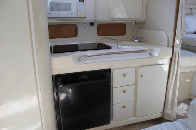 Port view 1997 SEA RAY 290 Sundancer  2643845