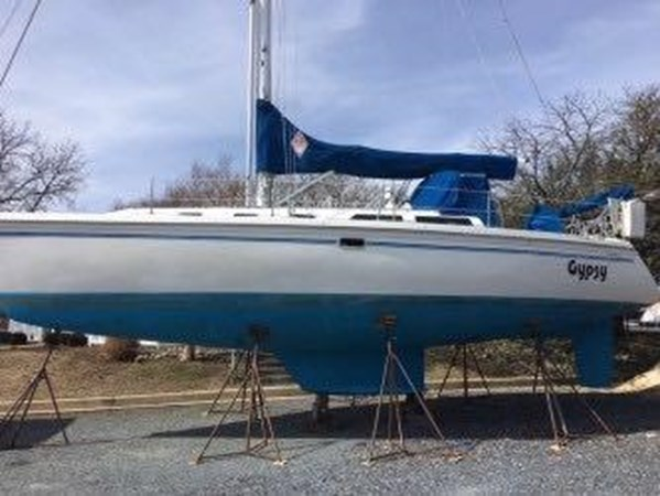 May 2019 Starboard side pic 1994 CATALINA MKI  2647845