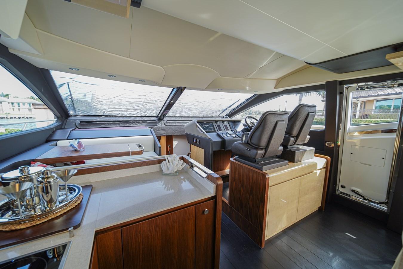 2017 AZIMUT  Motor Yacht 2858204