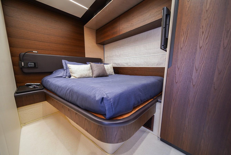2017 AZIMUT  Motor Yacht 2858217