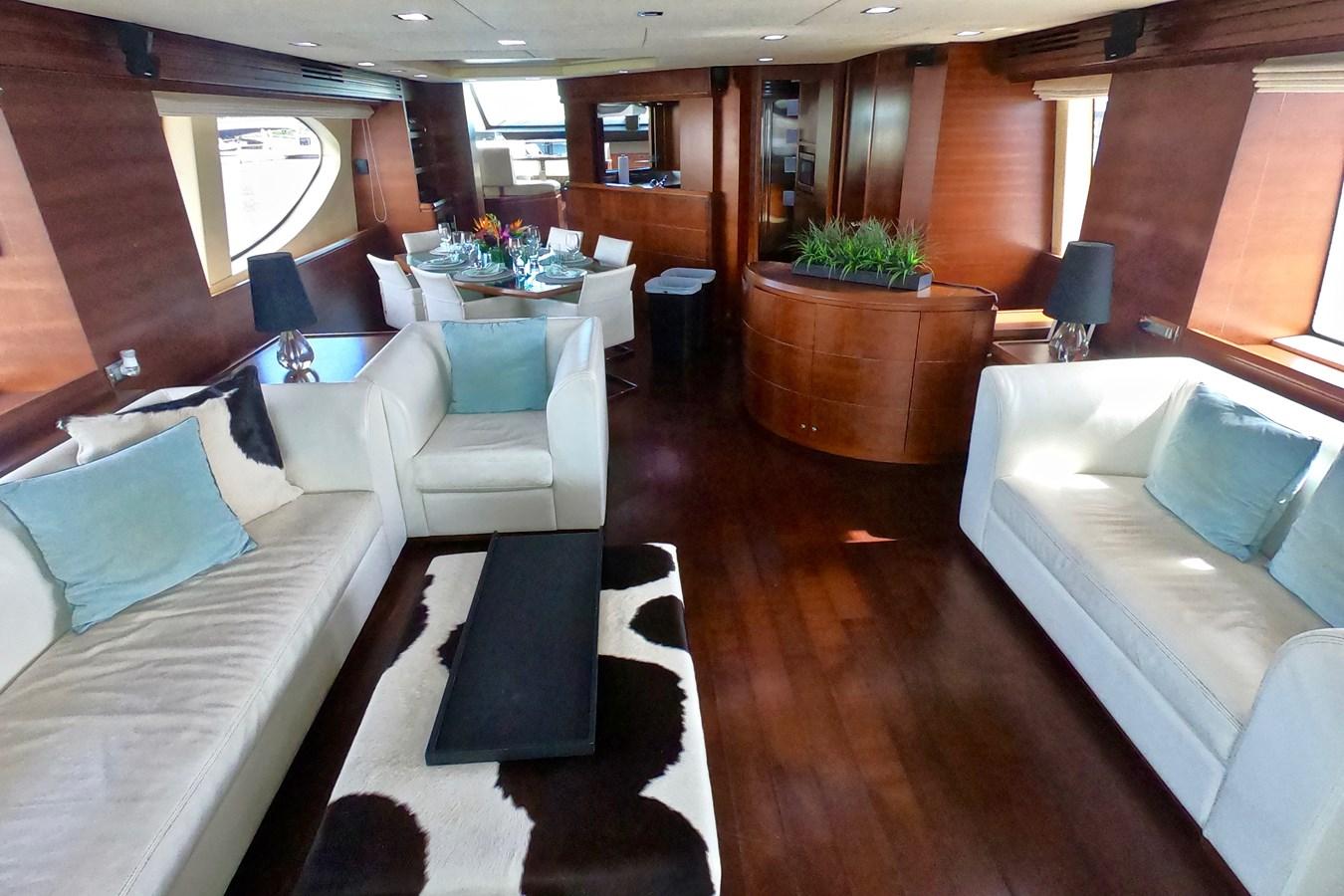 2009 85 Azimut Flybridge - Salon (1) 2009 AZIMUT 85 Flybridge Motor Yacht 2649140