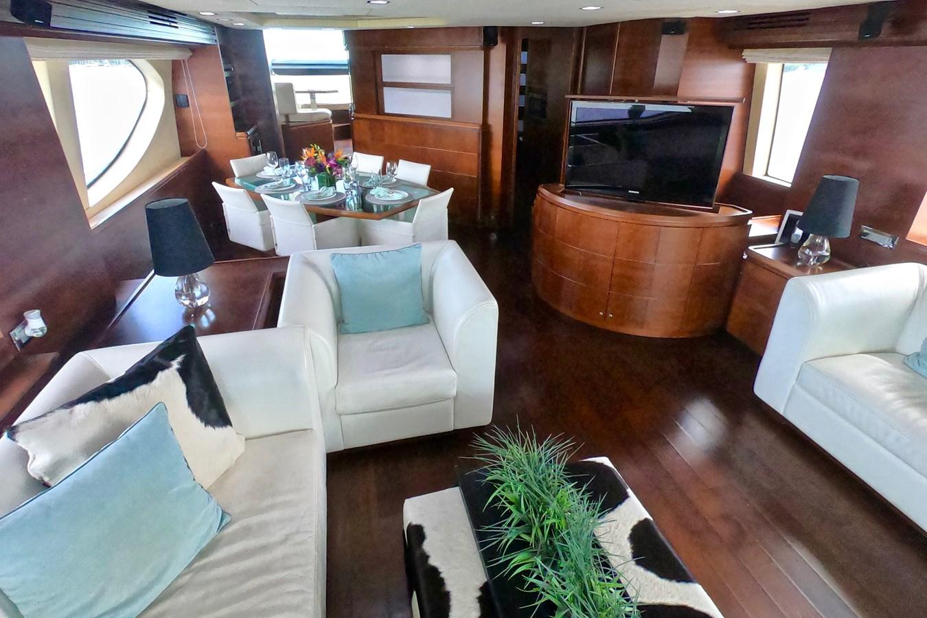 2009 85 Azimut Flybridge - Salon (2) 2009 AZIMUT 85 Flybridge Motor Yacht 2649141
