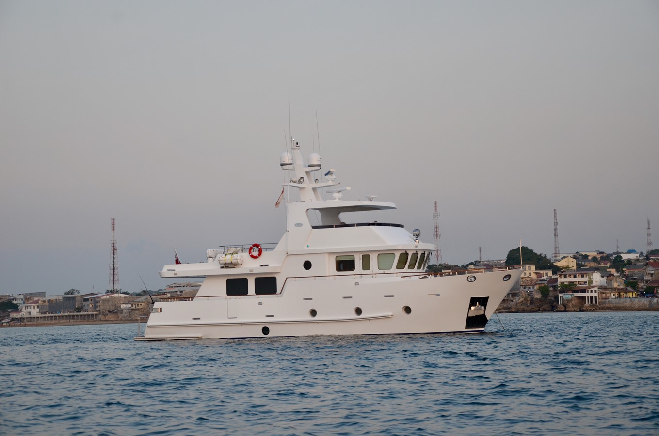BERING YACHTS Expedition Yacht 2013 BERING YACHTS  Expedition Yacht 2650519