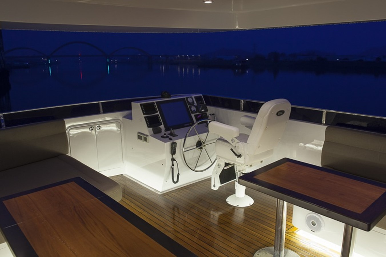 BERING YACHTS Expedition Yacht 2013 BERING YACHTS  Expedition Yacht 2650542