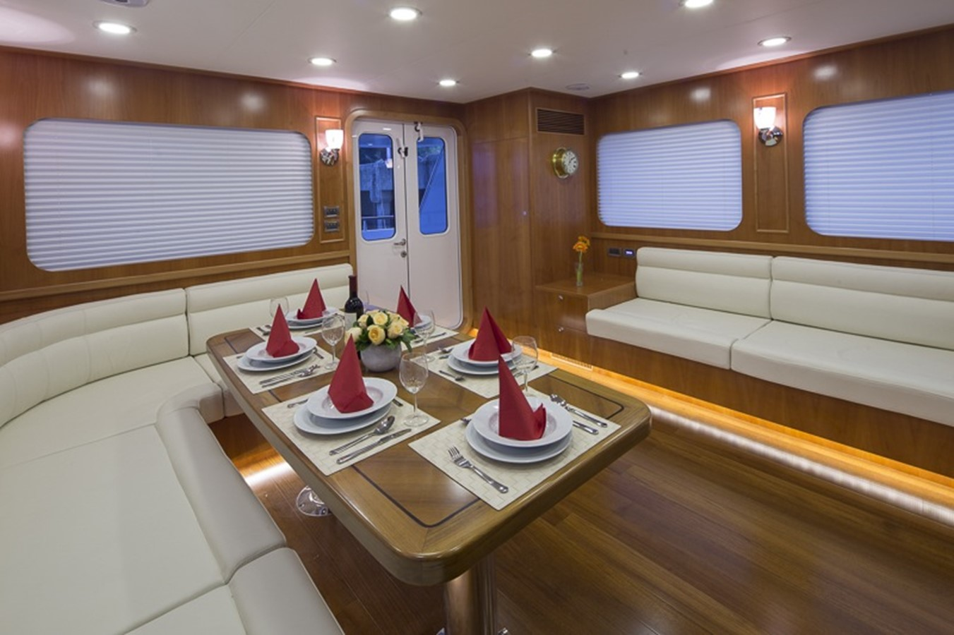 BERING YACHTS Expedition Yacht 2013 BERING YACHTS  Expedition Yacht 2650555