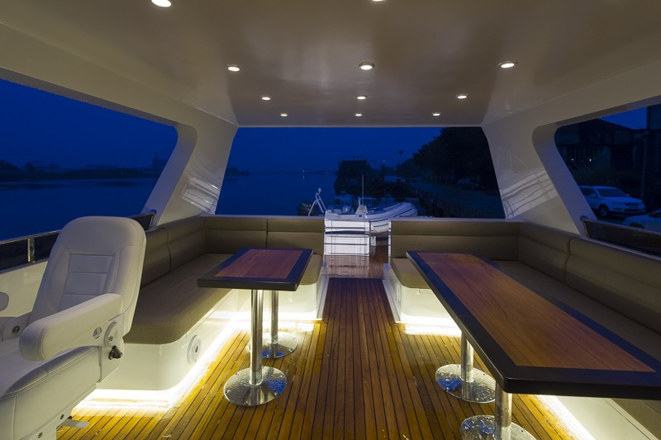 BERING YACHTS Expedition Yacht 2013 BERING YACHTS  Expedition Yacht 2650562