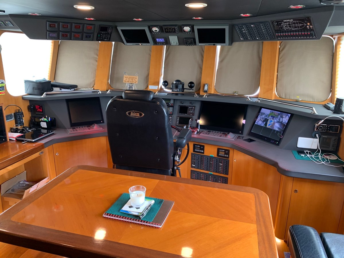 BERING YACHTS Expedition Yacht 2013 BERING YACHTS  Expedition Yacht 2881815