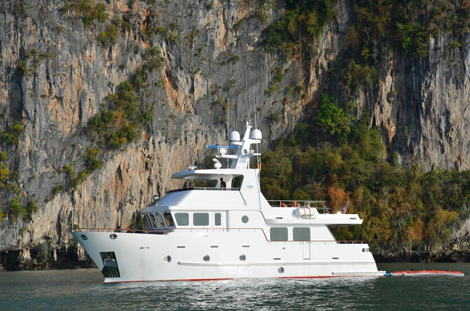 2013 BERING YACHTS  Expedition Yacht 2650510