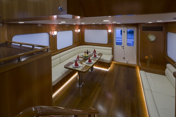 2013 BERING YACHTS  Expedition Yacht 2650558