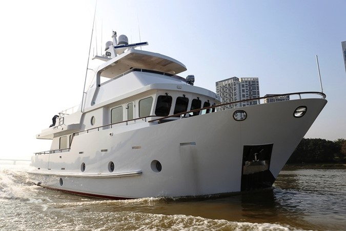 2013 BERING YACHTS  Expedition Yacht 2650608