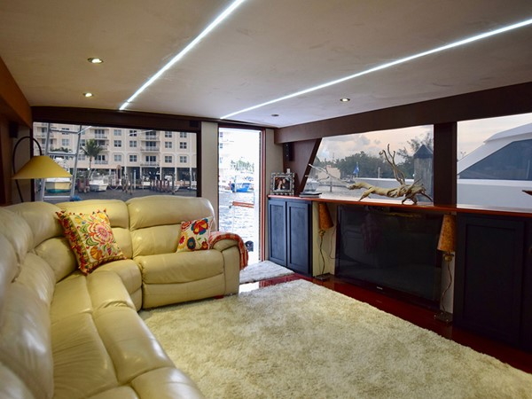 1989 HATTERAS Cockpit Motoryacht (1989/2015) Motor Yacht 2650730