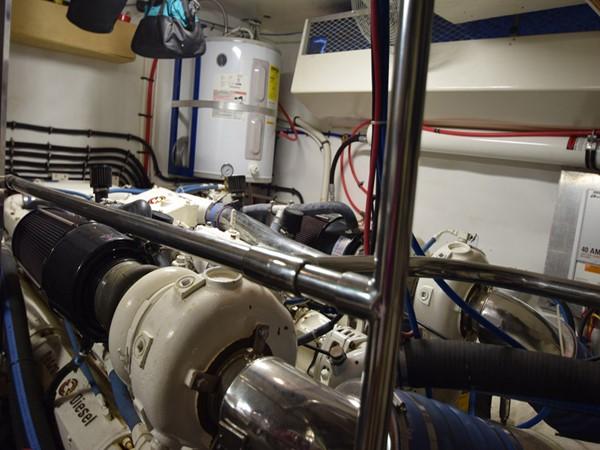 1989 HATTERAS Cockpit Motoryacht (1989/2015) Motor Yacht 2650753