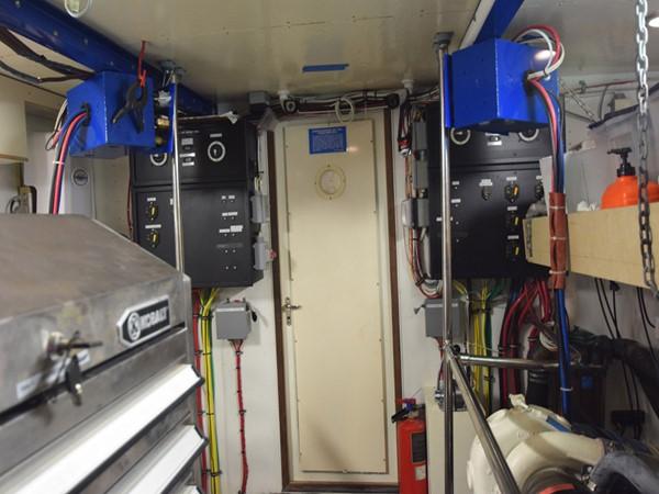 1989 HATTERAS Cockpit Motoryacht (1989/2015) Motor Yacht 2650757