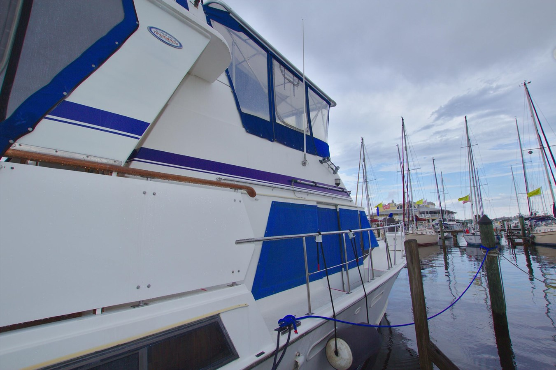 7181393_20190815105528420_1_XLARGE 1990 MARINE TRADER  Trawler 2650638