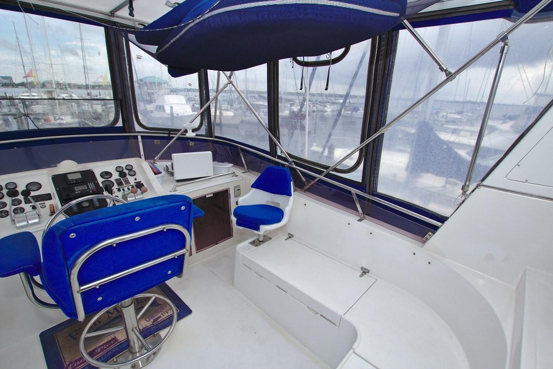 7181393_20190815105533943_1_XLARGE 1990 MARINE TRADER  Trawler 2650654