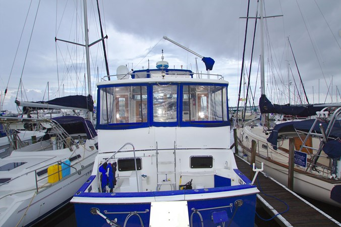 7181393_20190815105458907_1_XLARGE 1990 MARINE TRADER  Trawler 2650634