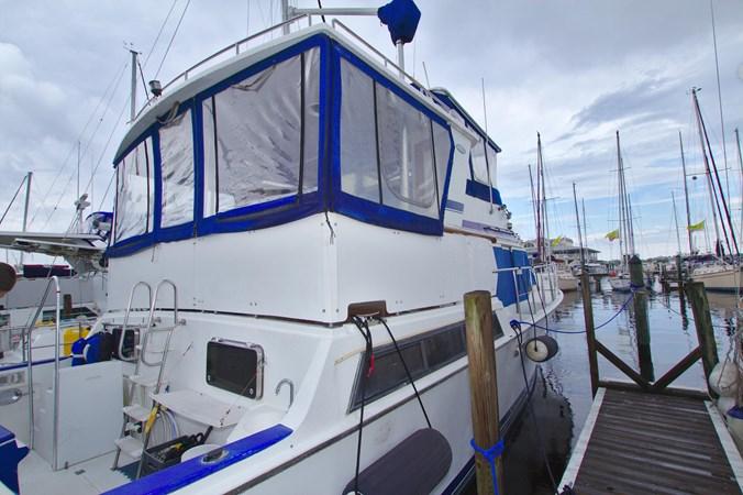 7181393_20190815105457015_1_XLARGE 1990 MARINE TRADER  Trawler 2650636