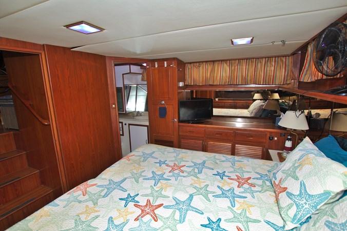 7181393_20190815105604698_1_XLARGE 1990 MARINE TRADER  Trawler 2650665