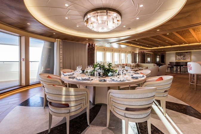 2017 AMELS le 272 Motor Yacht 2673951