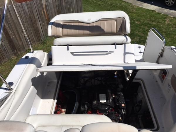 Engine Access 2007 FOUR WINNS 258 Vista Cruiser 2659755