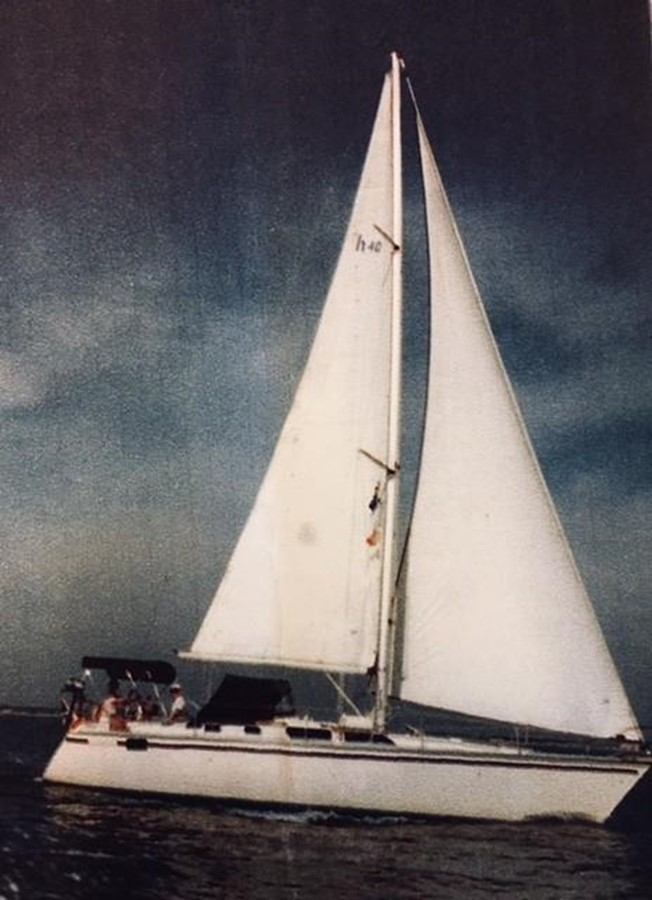 1989 HUNTER 40 Legend Sloop 2661347