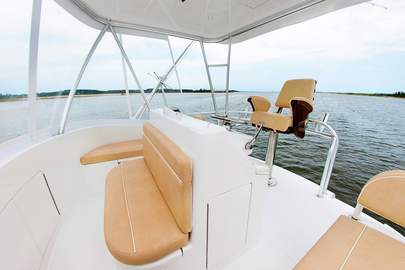 Flybridge Forward Facing Seats - 38 VIKING For Sale
