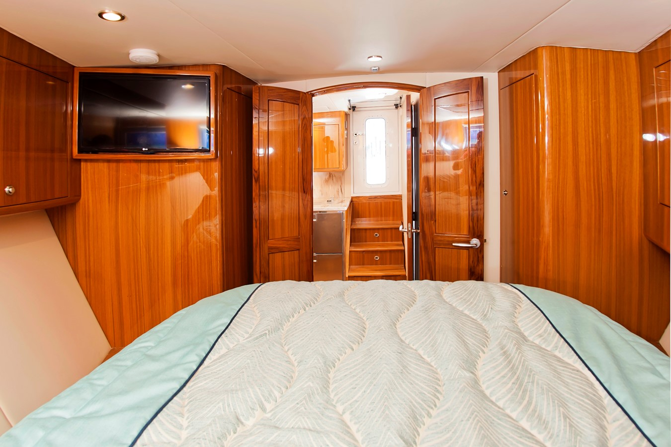 Stateroom - 38 VIKING For Sale