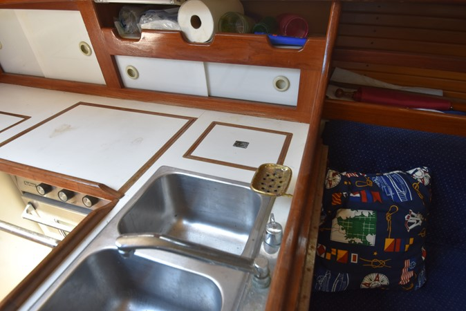 1984 SEA SPRITE BOATS 34 Sloop 2664918