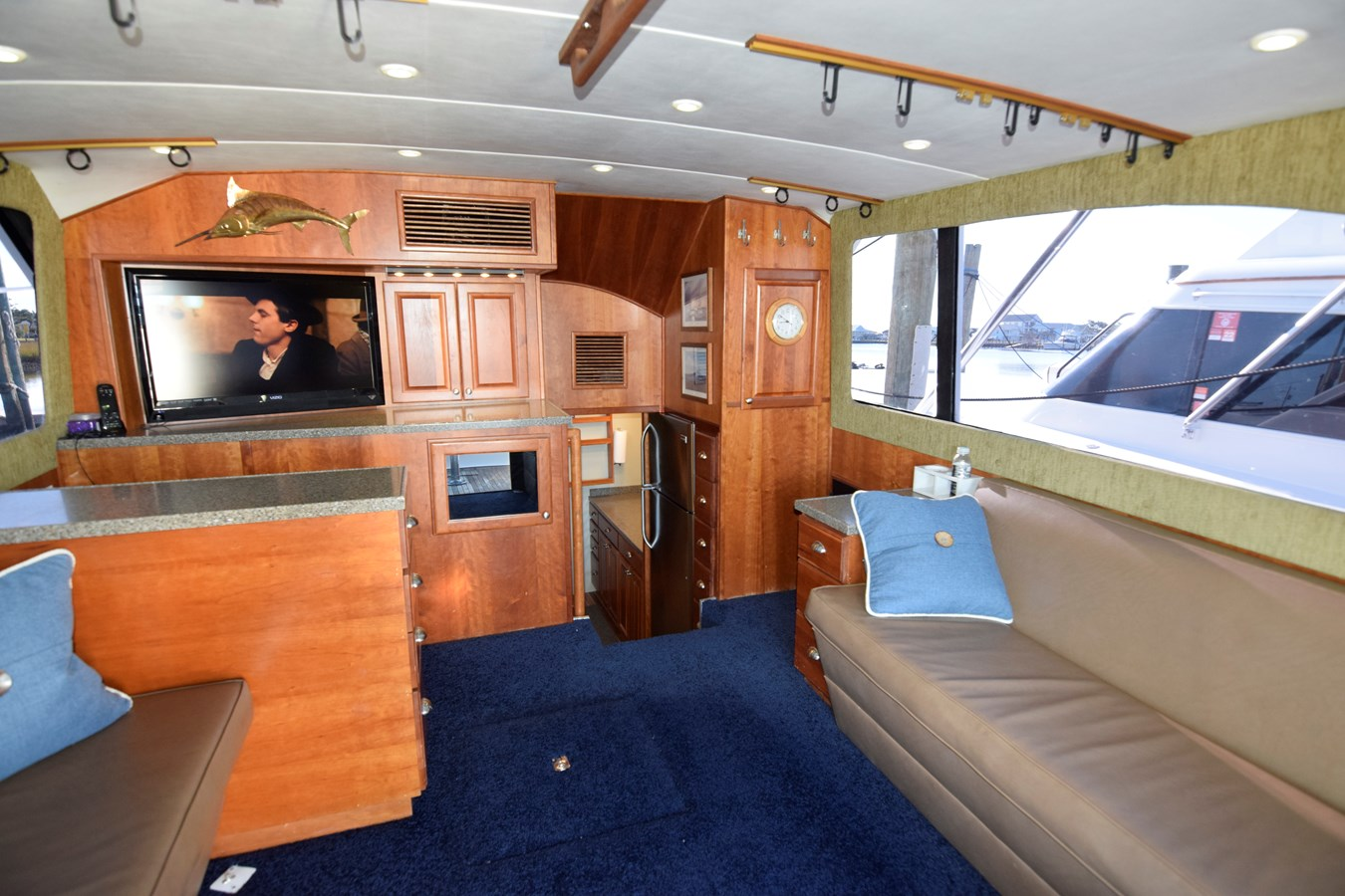 33 - 46 HATTERAS For Sale