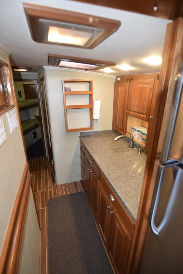 35 - 46 HATTERAS For Sale