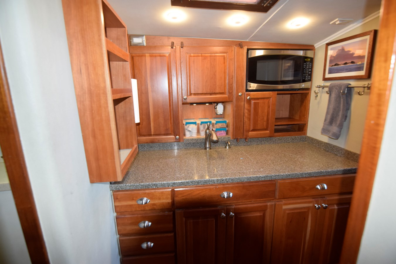50 - 46 HATTERAS For Sale