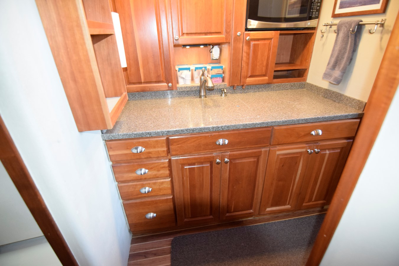 51 - 46 HATTERAS For Sale