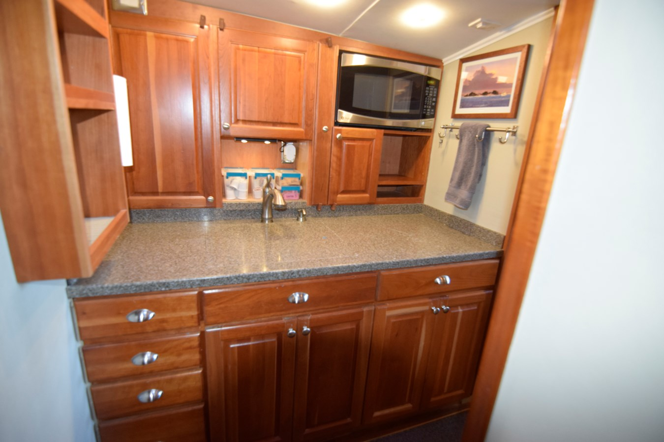 53 - 46 HATTERAS For Sale