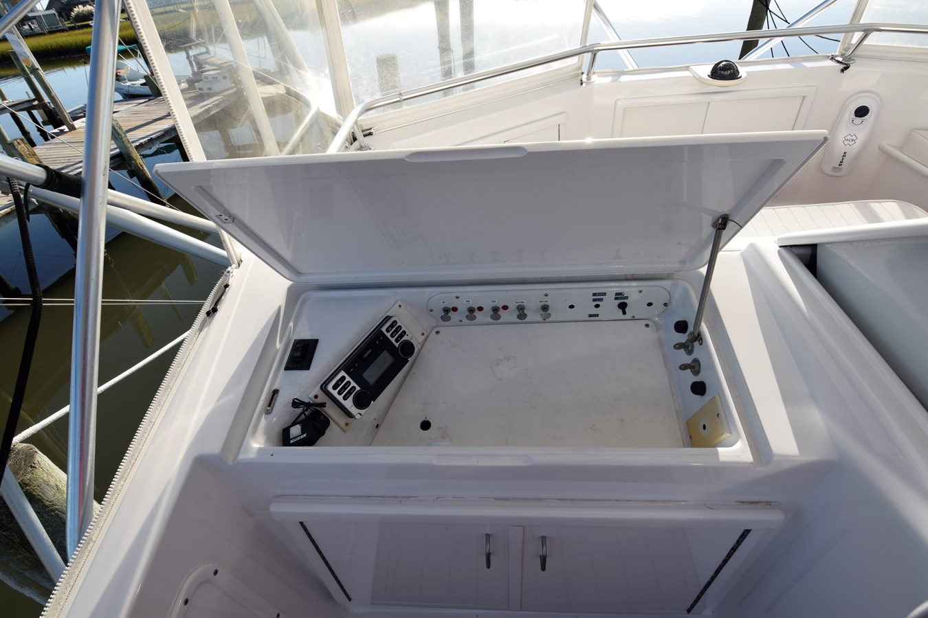 89 - 46 HATTERAS For Sale