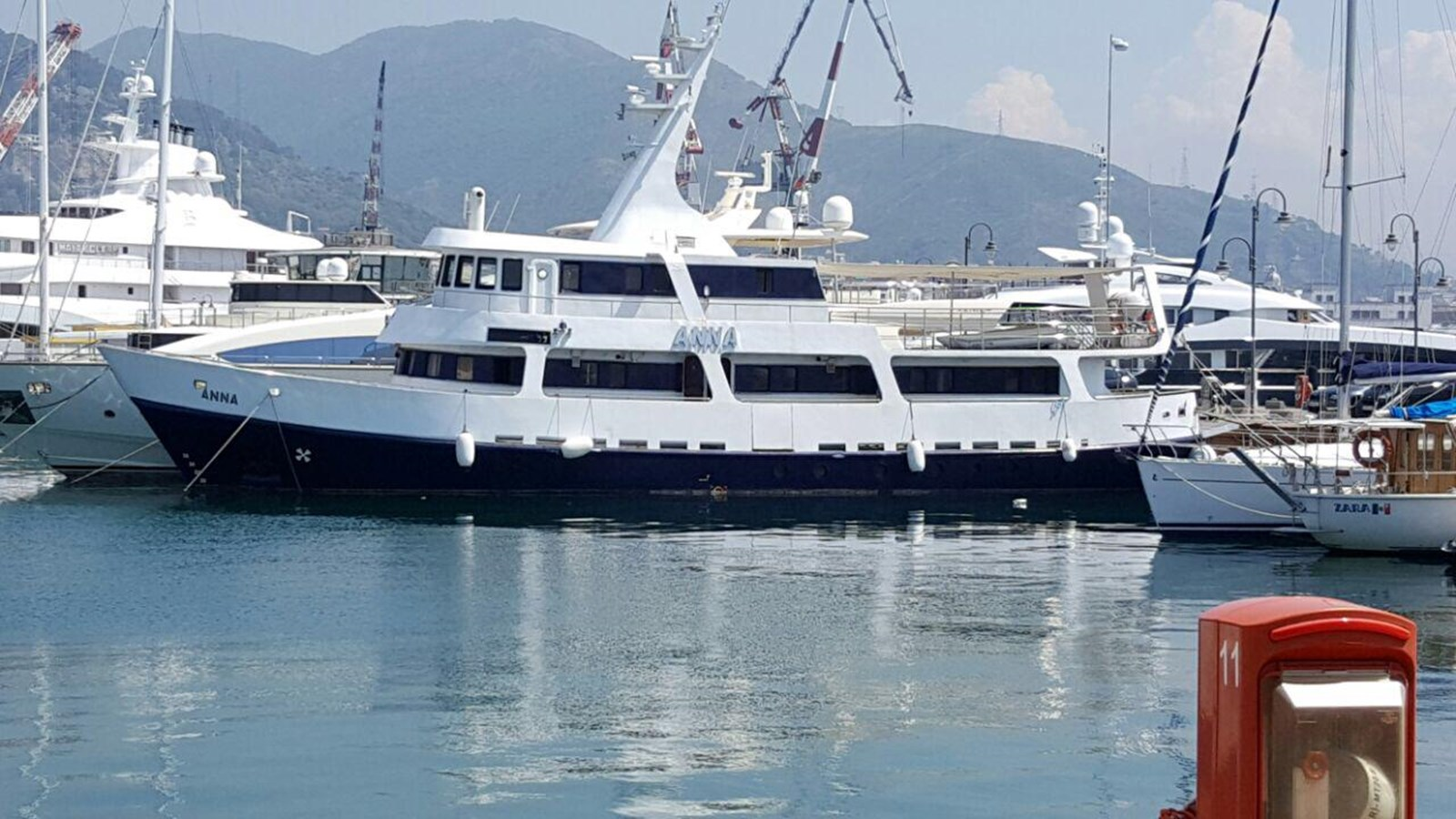 ANNA I yacht for sale