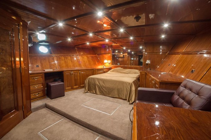 2011 CUSTOM  Trawler 2668196