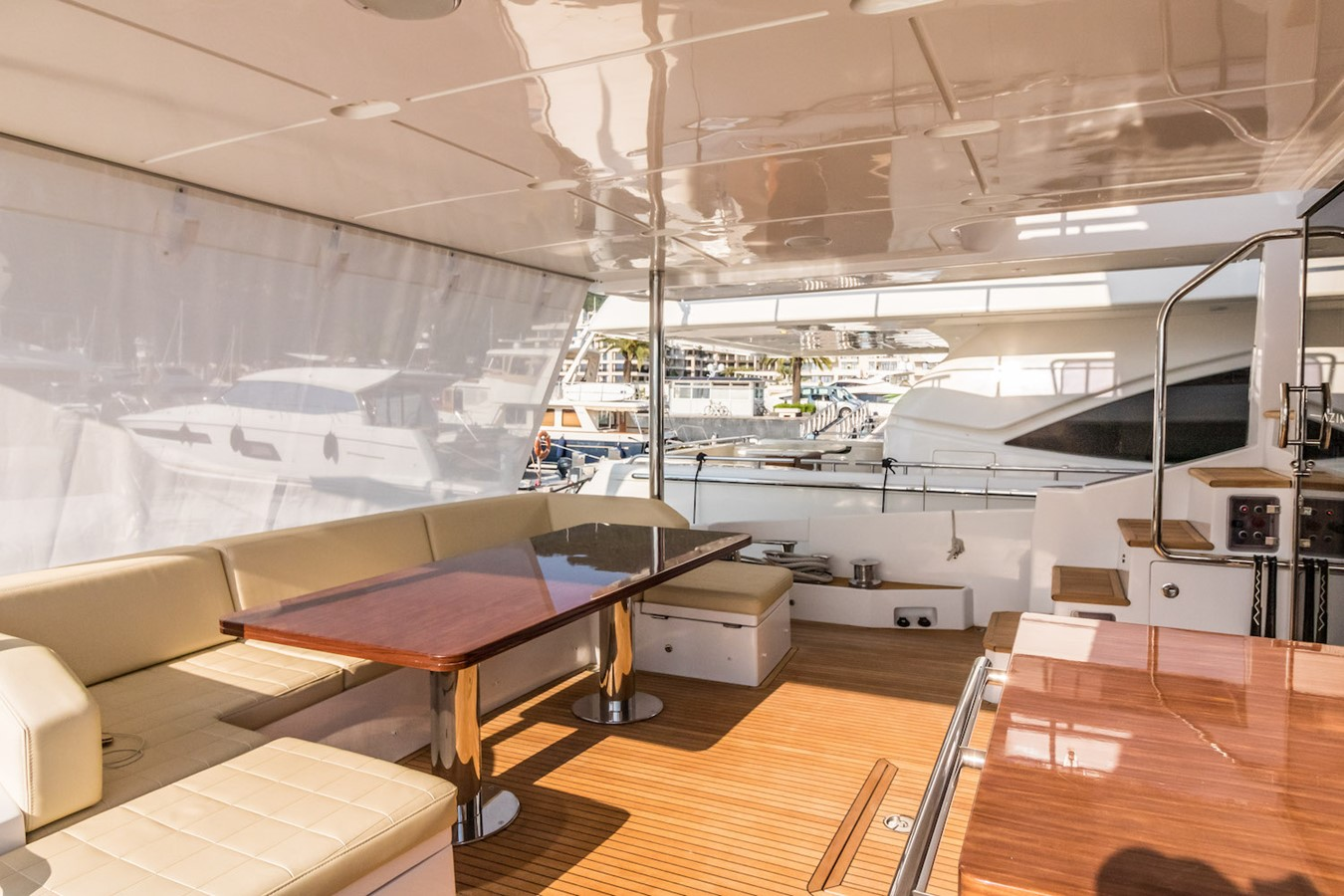 Cockpit 2016 AZIMUT 80 Motor Yacht 2668171