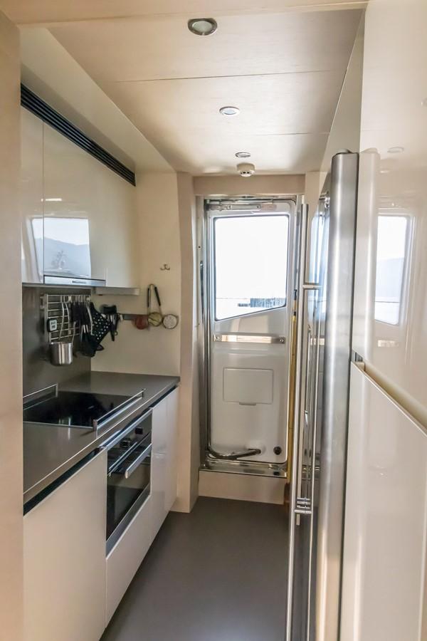 Galley 2016 AZIMUT 80 Motor Yacht 2668178